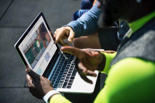 device laptop people 1321732